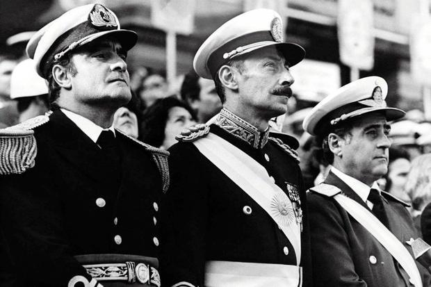 Télam-(Buenos Aires)-24/03/03-Los integrantes de la Junta Militar que realizó el Golpe el 24 de marzo de 1976; Eduardo E. Massera, Jorge R. Videla y Orlando Agosti. Foto:Archivo Télam.